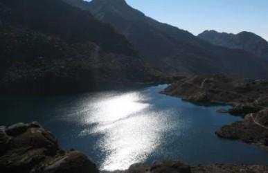 Nepal Gosainkunda Trekking (Fühlen durch Natur und Bewegung)