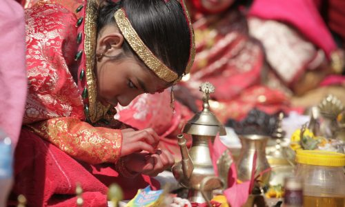 TV-Tipp: Kumaris, die Kindgöttinnen von Nepal (4.8.17, 17:05 Uhr, ARTE)